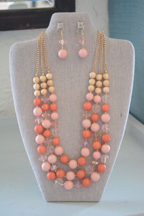 Peach Beaded Necklace Set, Necklace and Earrings, Peach Necklace and Earrings, Peach Jewelry, Pink Jewelry