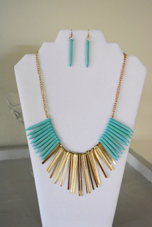 Turquoise Bib Necklace Set, Turquoise Jewelry, Necklace and Earrings, Turquoise and Gold Jewelry, Turquoise and Gold Necklace Set, Bib Necklace, Bohemian Jewelry