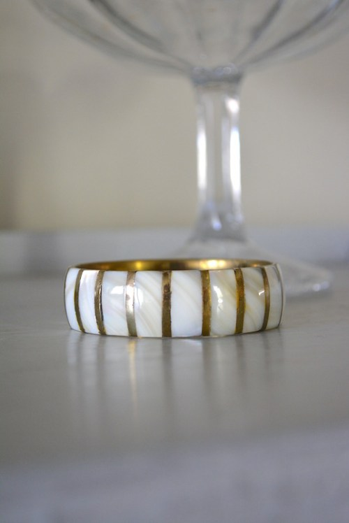 Mother of Pearl Bangle Bracelet, Vintage Bangle Bracelet, Vintage Mother of Pearl Bracelet, Brass Bracelet