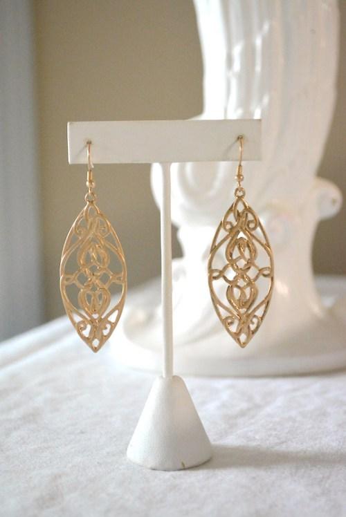 Gold Swirling Earrings, Gold Earrings, Swirling Earrings, Gold Swirl Earrings, Celtic Jewelry, Celtic Inspired Jewelry