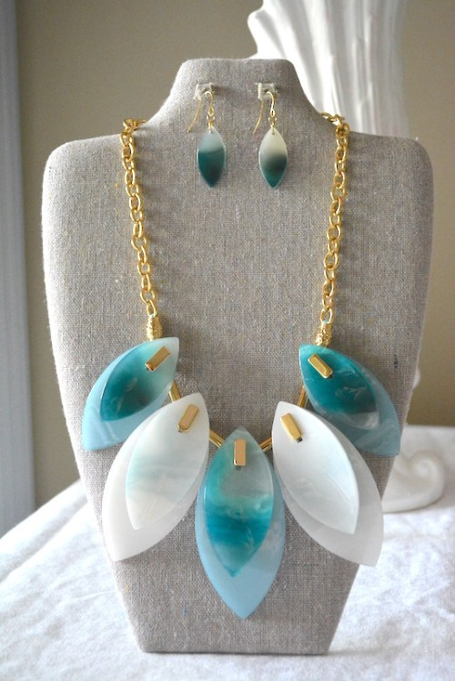 Turquoise Shell Necklace Set, Shell Jewelry, Turquoise Shell Jewelry, Turquoise Jewelry, Necklace and Earrings