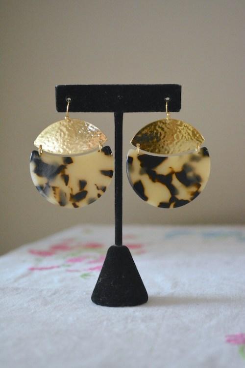 Tortoise Shell Dial Earrings, Tortoise Shell Earrings, Dial Earrings, Gold and Tortoise Shell Earrings, Round Earrings, Round Tortoise Shell Earrings