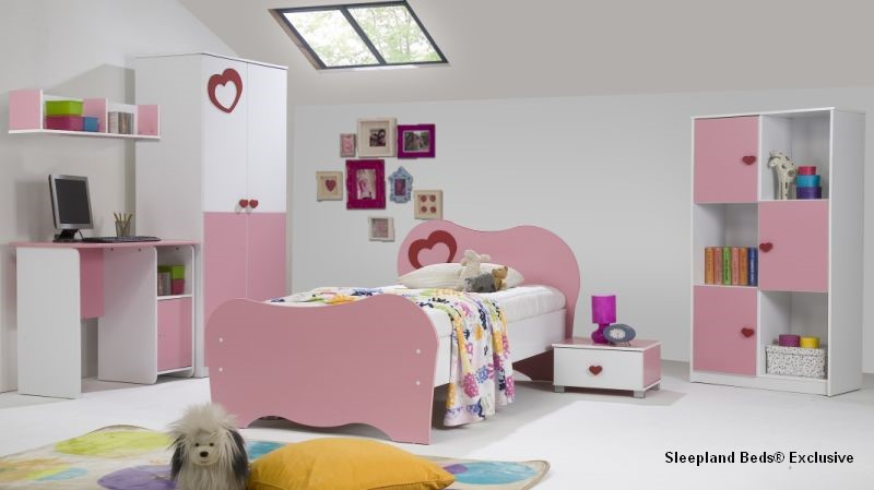 Amelia Pink Full Bedroom Set