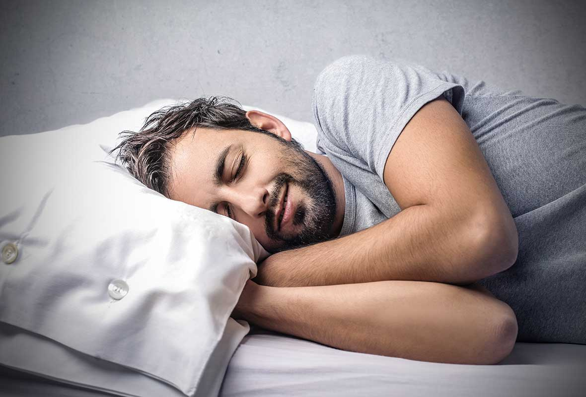 how your pillow can affect back pain
