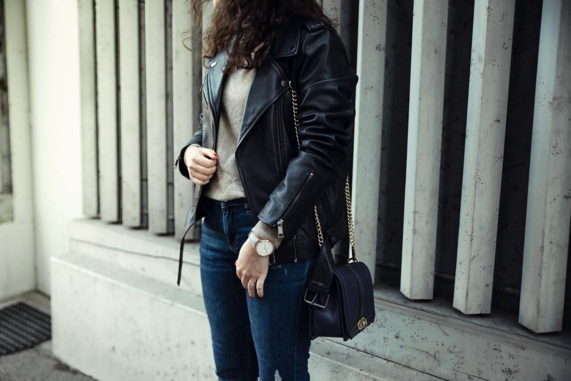 veste-en-cuir-foulard-7