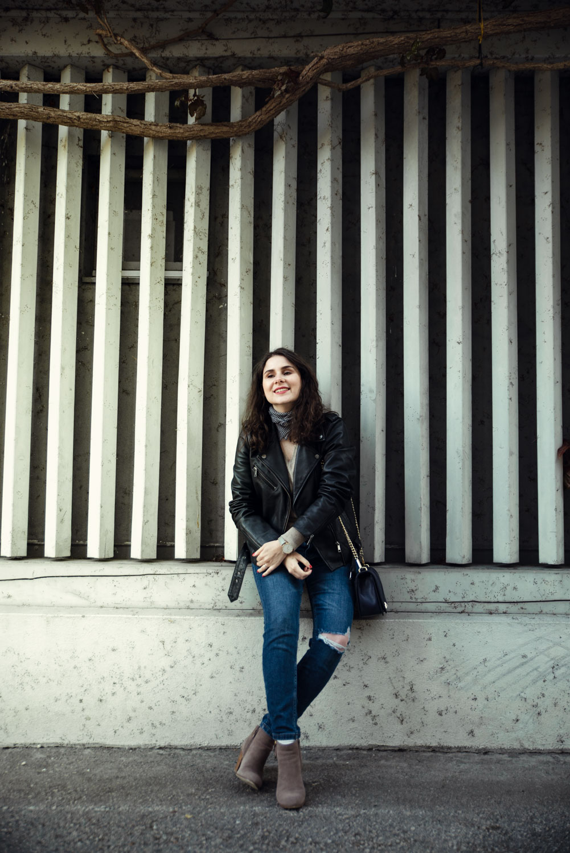 veste-en-cuir-foulard-9