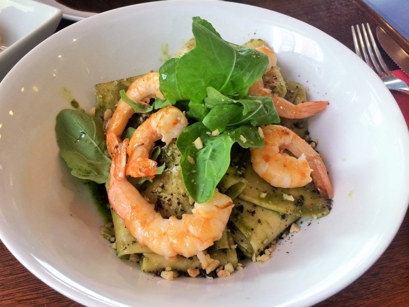 the best shrimp pesto pasta I've ever had