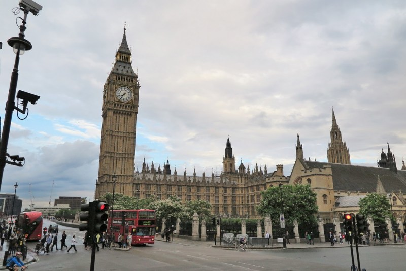 big ben from bus