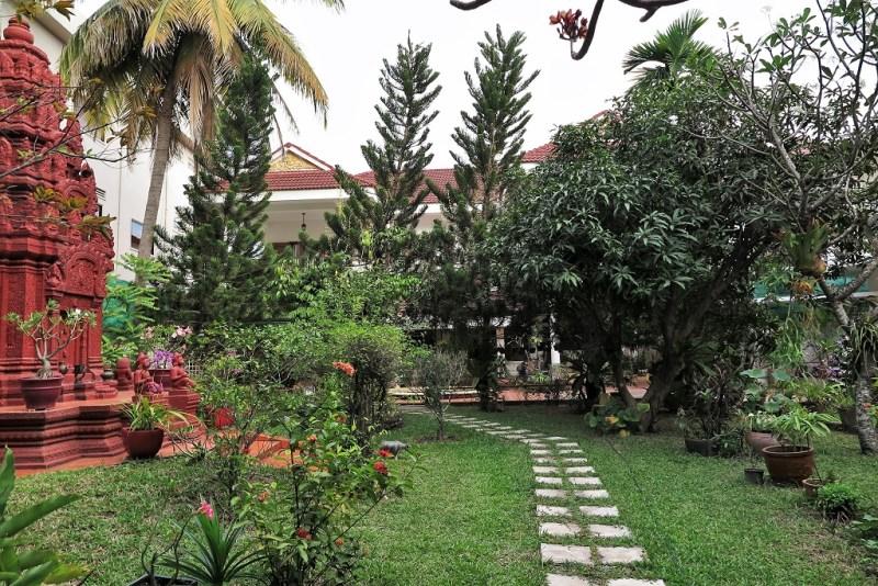 airbnb garden