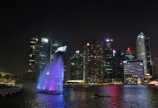 Week 47: Singapore - catching the night show at Marina Bay