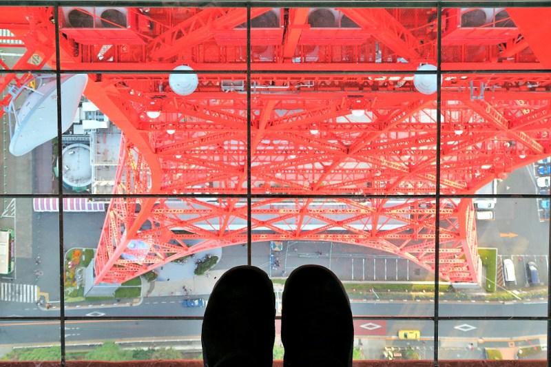 japan-trip-tokyo-tower-glass-floor