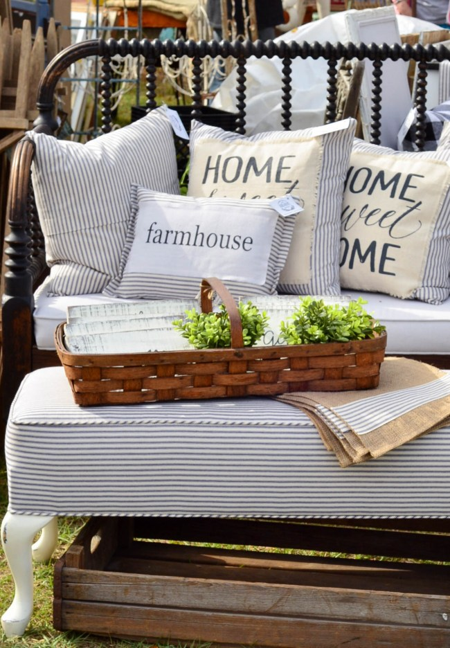 If you are looking for what the next trend in home decor might be, take a journey to the Rustapalooza Vintage Market to see what was hot and trending.