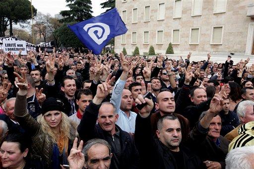 e73f888631e65f074c0f6a706700c1f3_albania_opposition_protest
