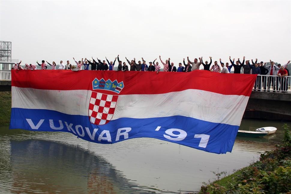 stožer za obranu hrvatskog vukovara vukovar