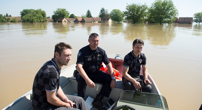 niko kovač hrvatska nogometna repretentacija hns poplave slavonija