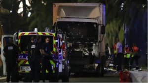 francuska nica teroristički napad imigranti