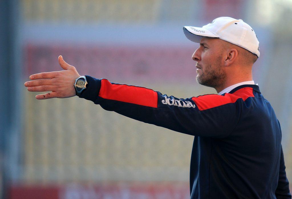 Тасевски: Ја разгледувам секоја понуда, имав контакти со српски суперлигаш