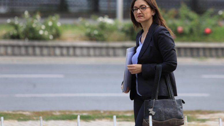 Јанкулоска лута на Кацарска дека често ја викала на судење додека била трудна