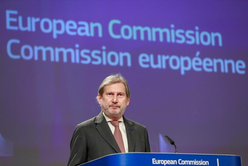 Хан: Ветото на Макрон претставуваше навреда за Еврокомисијата