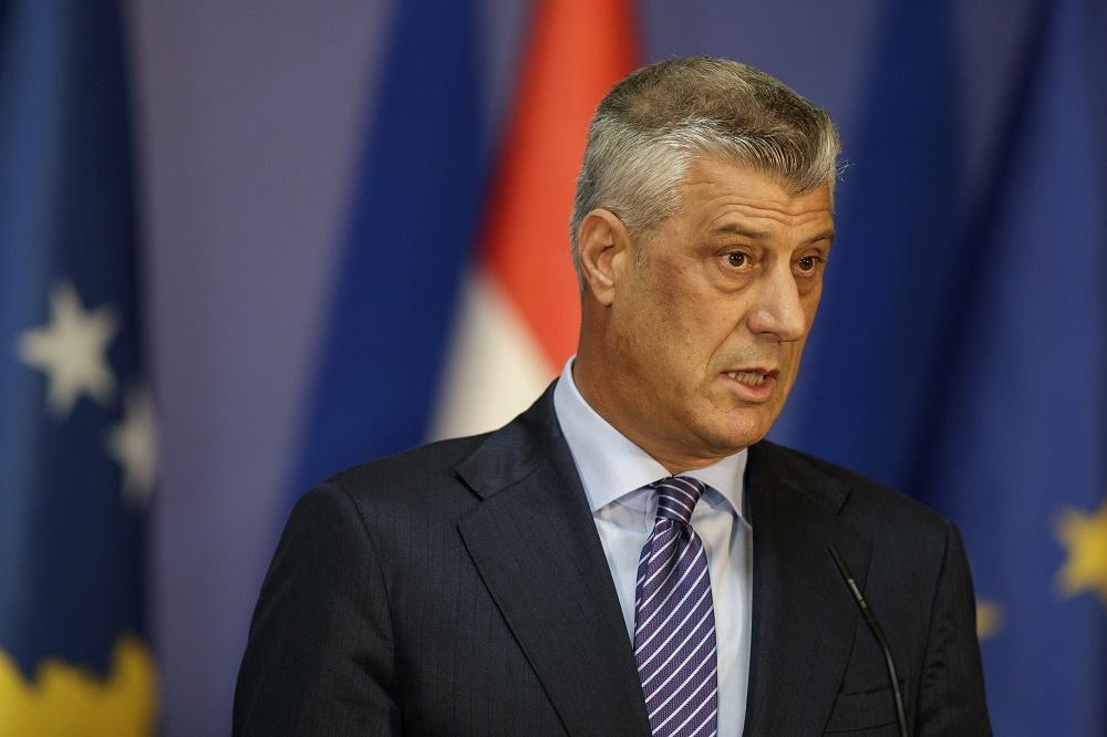 Хашим Тачи го разреши неговиот советник, медиумите го информирале дека бил агент на српската БИА