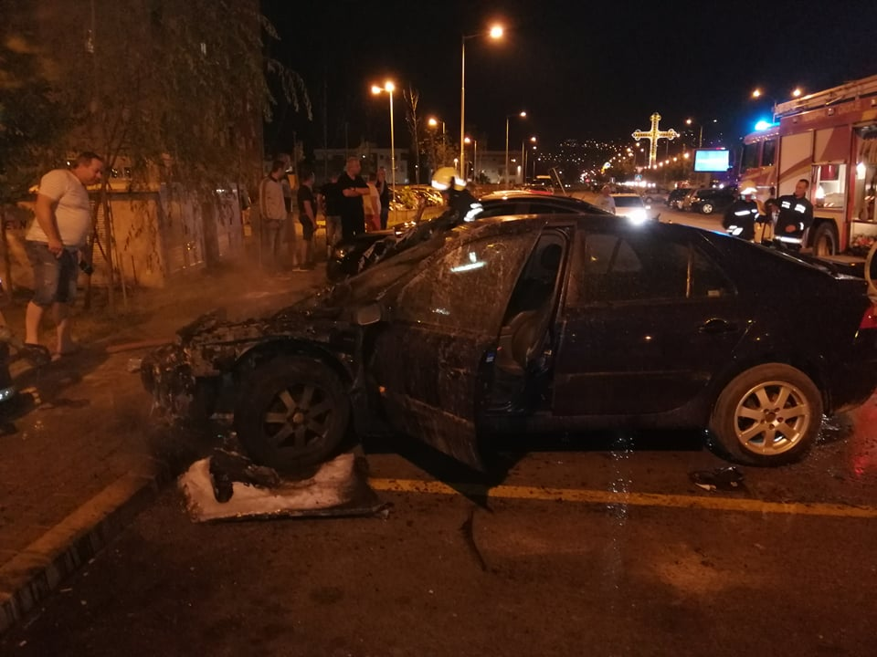 Запален автомобил во Ново Лисиче (ФОТО + ВИДЕО)