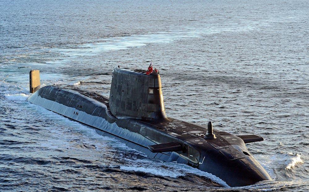 Британија испраќа нуклеарна подморница во Заливот