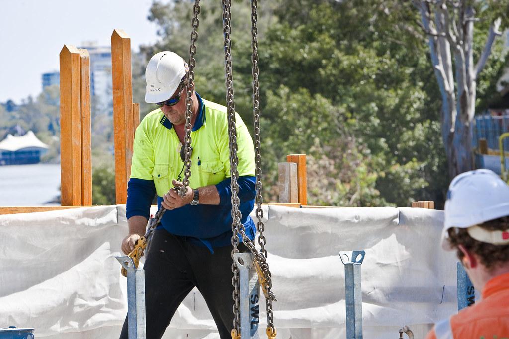 Договорените градежни работи во странство пораснаа за 345,1%