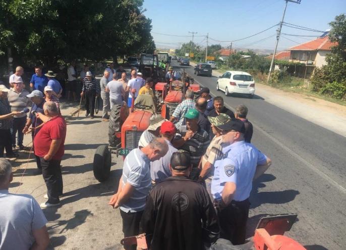 Земјоделците од Кочанско бараат да им се исплатат средствата од интервентната мерка за предаден ориз