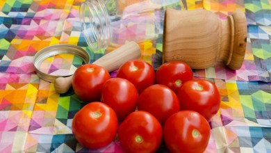 домати во тегла