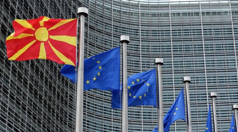 Одлуката за старт на преговори со Македонија и Албанија оди на Самит на ЕУ