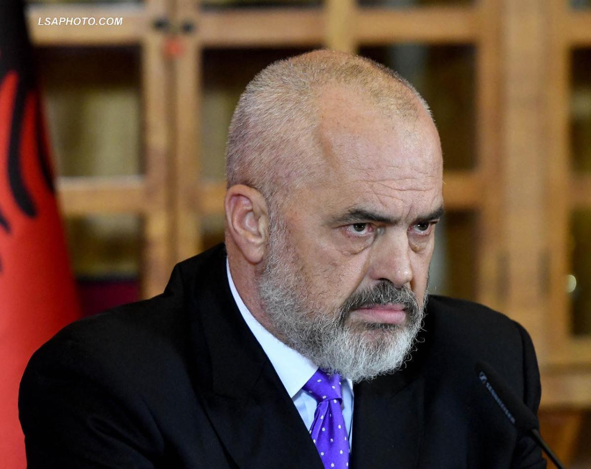 """Рама: Приштина со спротиставувањето на """"мал Шенген"""" ја загрозува надворешната политика на Албанија"""