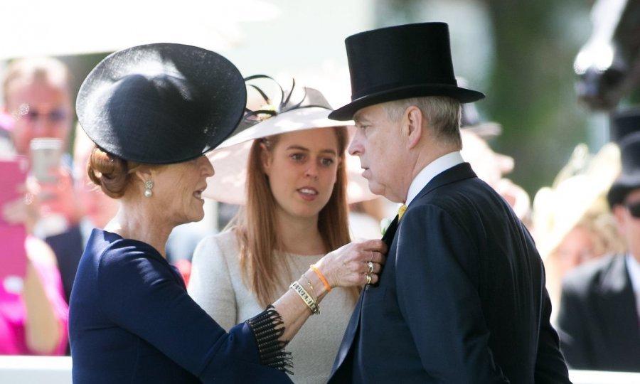 Објавена заедничка фотографија на принцот Ендрју и девојката што го обвинила за злоставување (ФОТО)