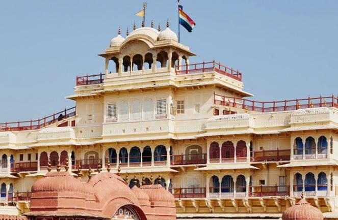 Палатата на Махараџа во Индија е огласена на Airbnb: Ќе ви се сврти во главата од цената за ноќевање