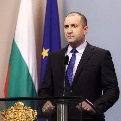 Радев: Иднината на НАТО не е сојуз меѓу производители и клиенти