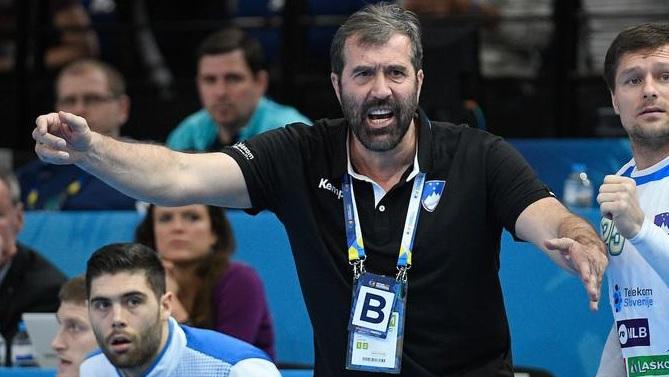 Вујовиќ: Какви се тие глупости, сум барал пари од играчите?