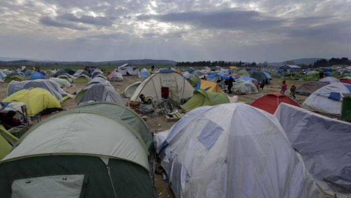 Grcka-Evakuacija-kampa-Idomeni