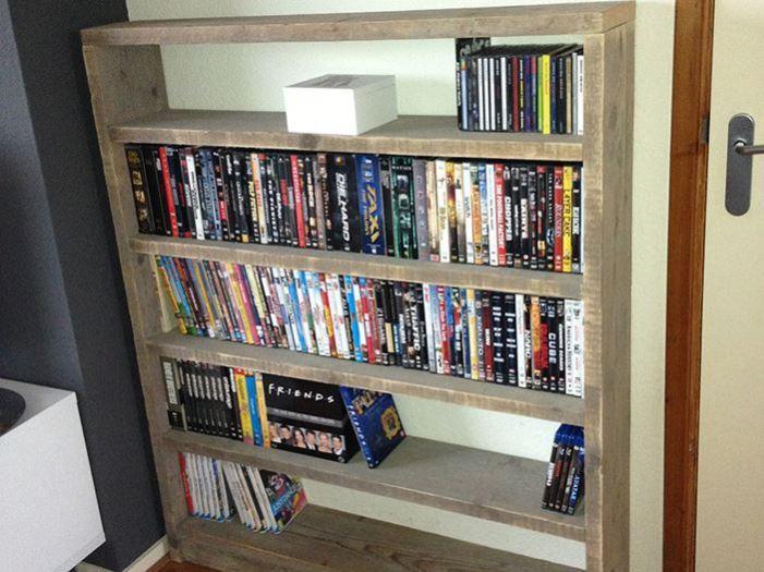 lage boekenkast of dvd kast kast van steigerhout