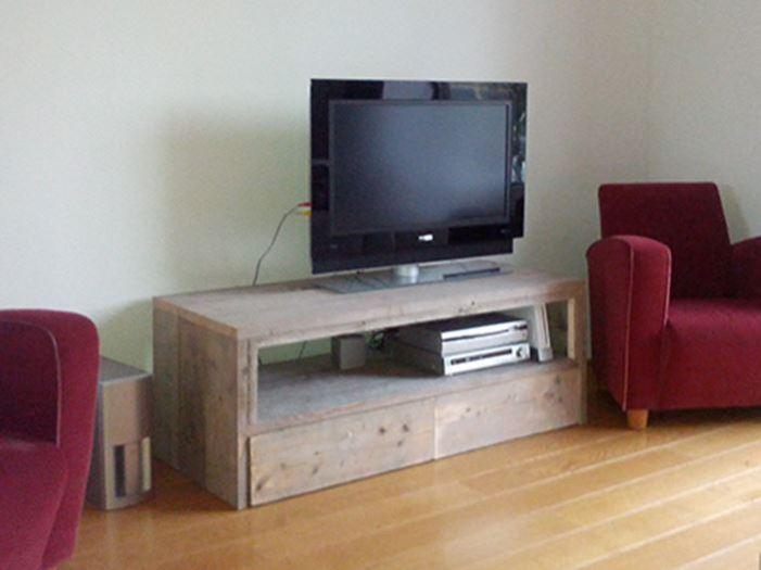 Tv Kast Steigerhout : Tv meubel van steigerhout