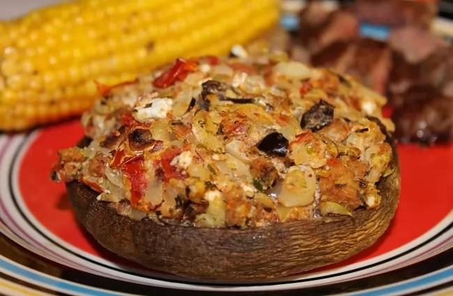 Feta Cheese and Sundried Tomatoes Stuffed Mushrooms