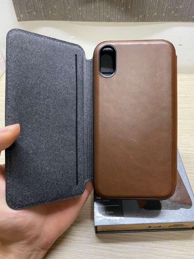Nomad Rugged Leather Tri-Folio Case.pg
