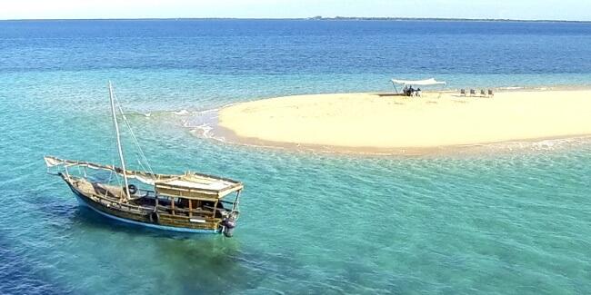 Dhow-Safari-Quirimbas-ArchipelagoDhow-Safari-Quirimbas-Archipelago