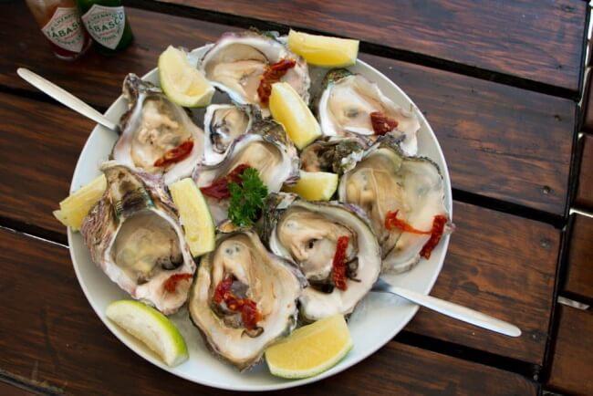 Enjoy-Fresh-Oysters-in-Knysna-South-Africa