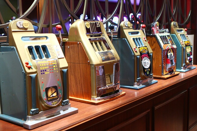 slot machine of early days