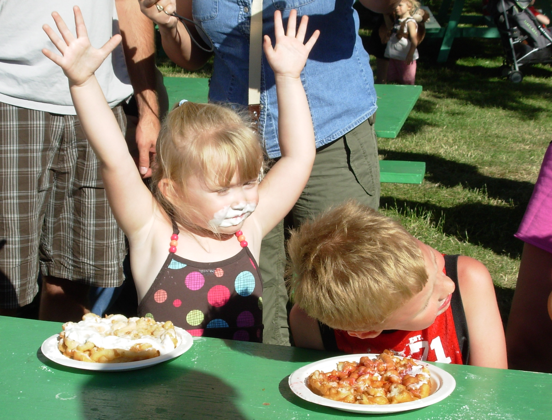 Snapshot This Moment County Fair Funnel Cake Eating Contest Slow