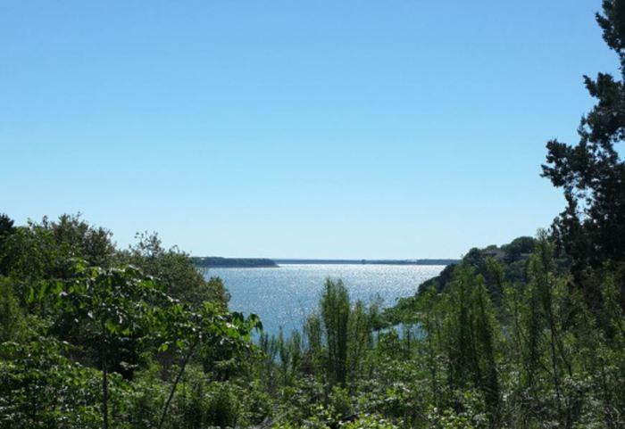 Great view, but no lake access...