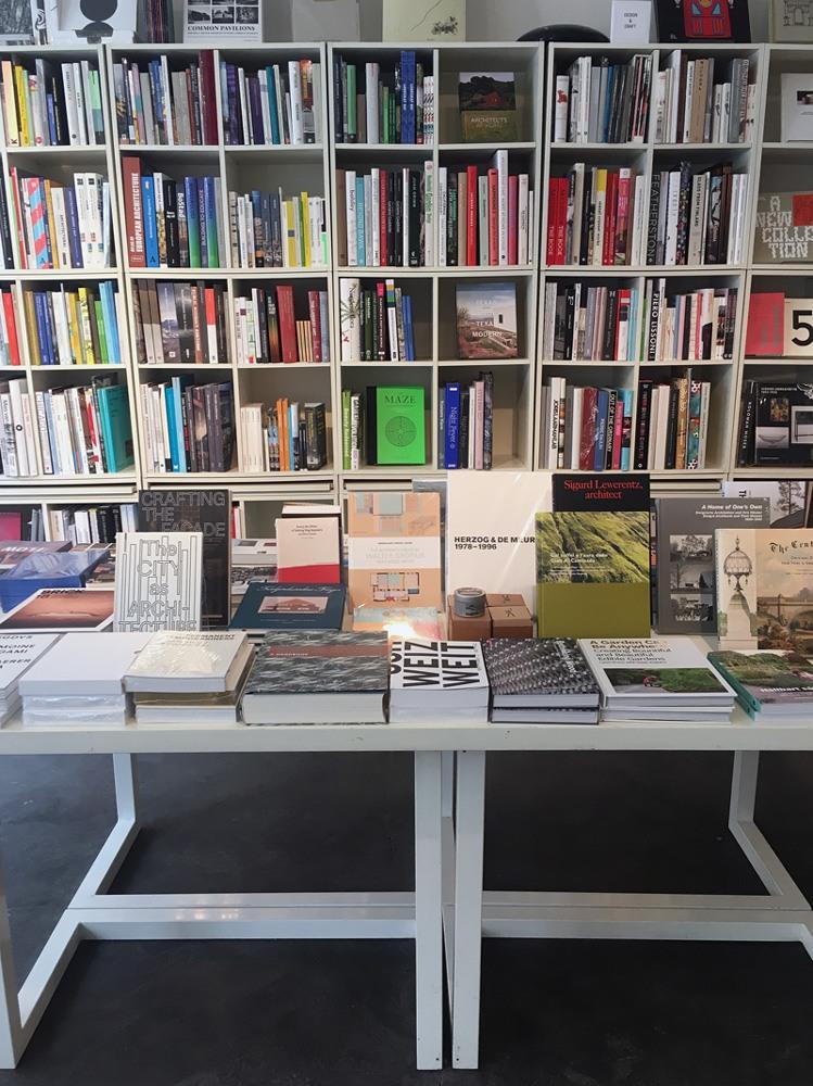 konst-ig bookstores in stockholm