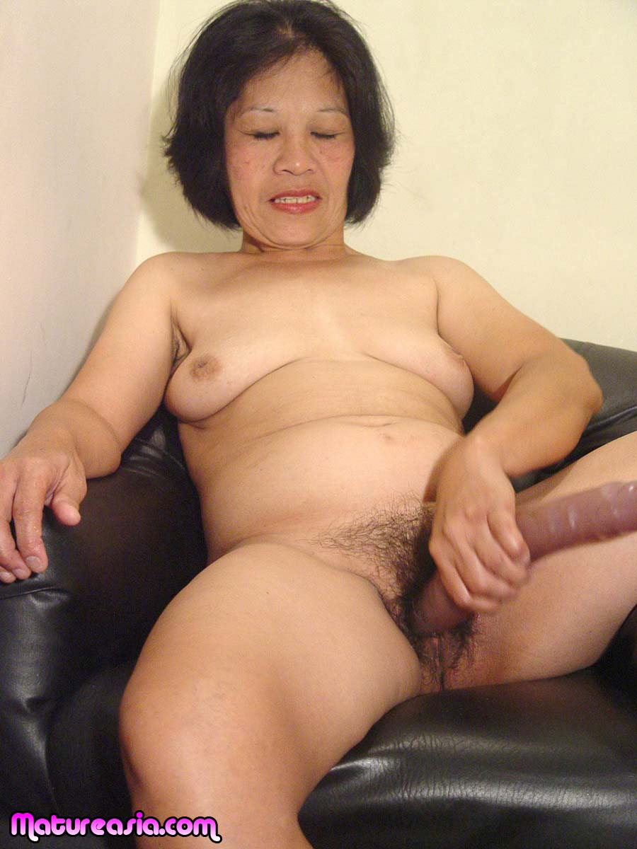 Shaking, support. japanese babe sexy pose