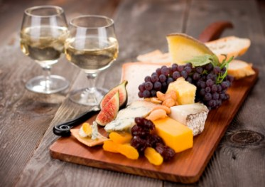 Gourmet Cheeseplate with Wine