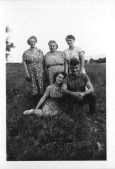 The Schirfs (Grandma, Aunt Mildred, Aunt Thelma, A