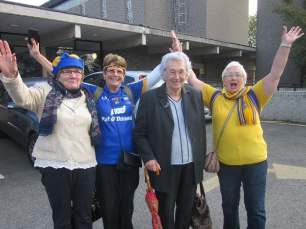 Clare-supporters